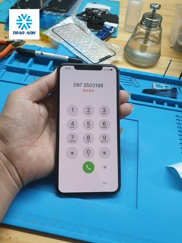 thay mặt kính iphone xs max đẹp như mới ở hà nội