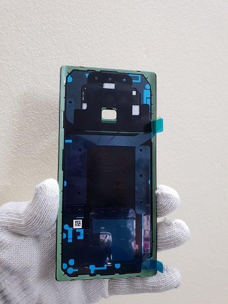 Thay nắp lưng Samsung Galaxy Note 9 lấy ngay