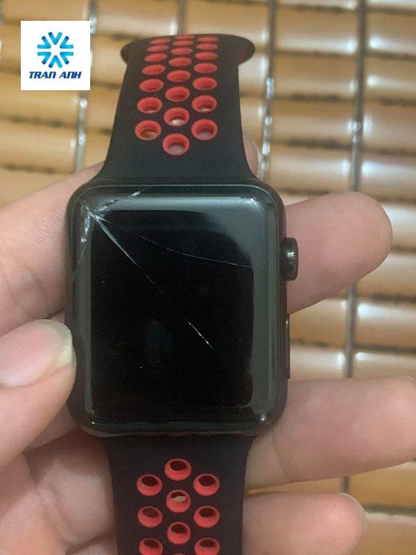 Thay mặt kính Apple Watch series 1 ở Hà Nội